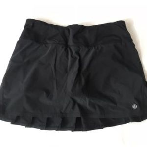 Lululemon Black Pleated Tennis Shorts Womens 6